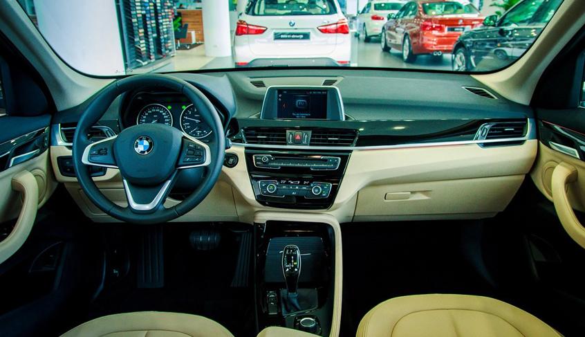 Nội thất xe BMW X1