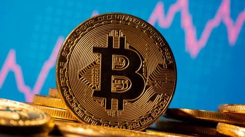 """Được nhiều """"đại gia"""" quan tâm, giá Bitcoin lên cao nhất 2 tuần"""
